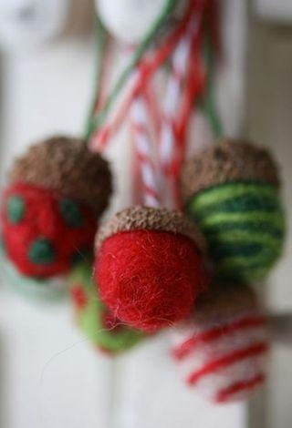 needle felted Christmas acorn ornament tutorial