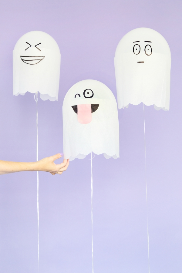 silly ghost balloon