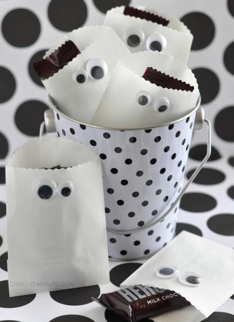 paper bag favor ghosts