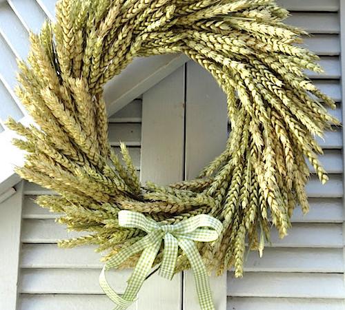 autumn wheat wreath tutorial