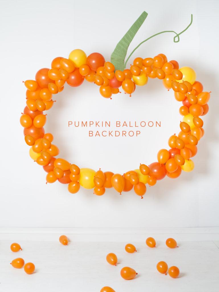 balloon pumpkin photo backdrop