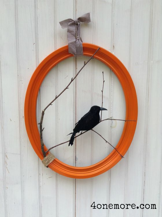 Halloween raven wreath tutorial