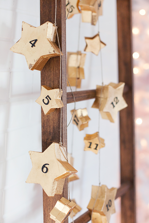 Star box garland advent calendar tutorial