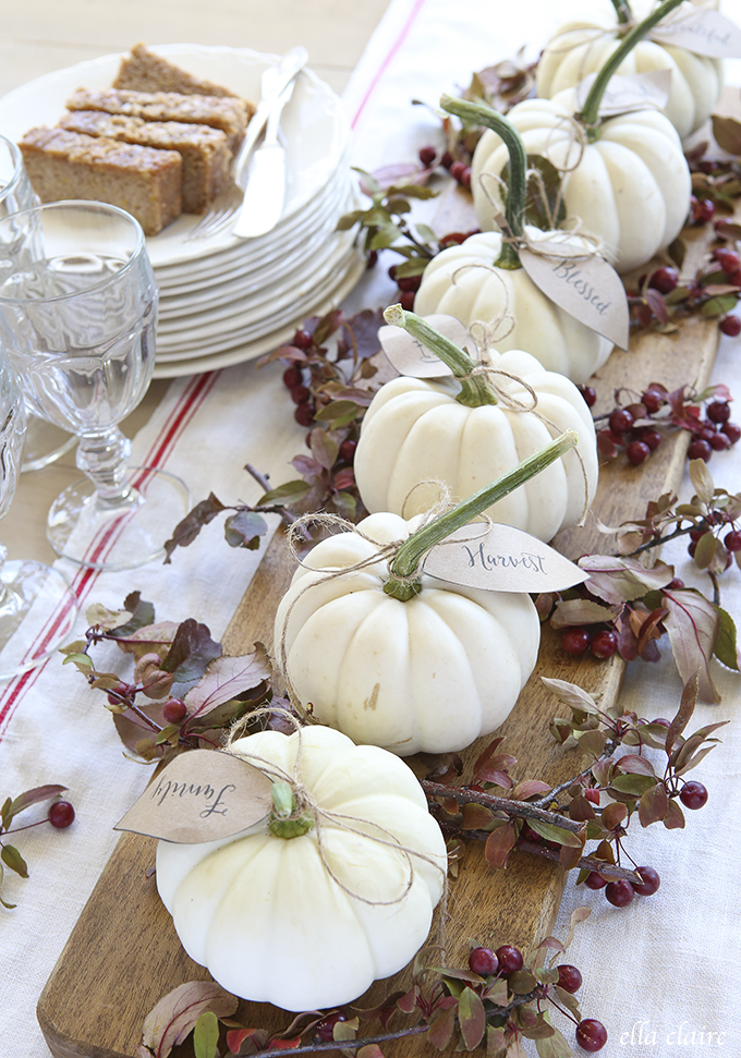 elegant mini pumpkin centerpiece with free thanksgiving printable leaves