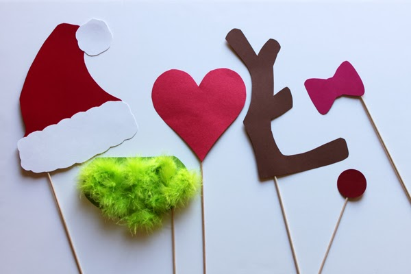 grinch themed photo booth props