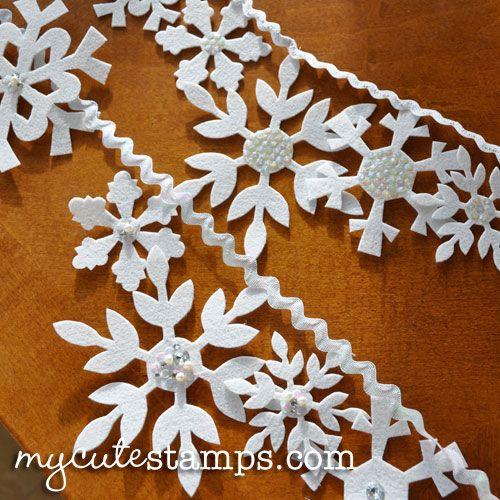 Felt snowflake garland tutorial