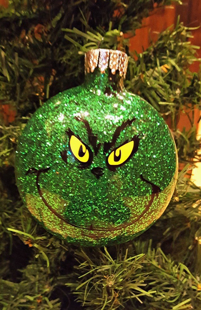 glitter Grinch Christmas ball ornament tutorial