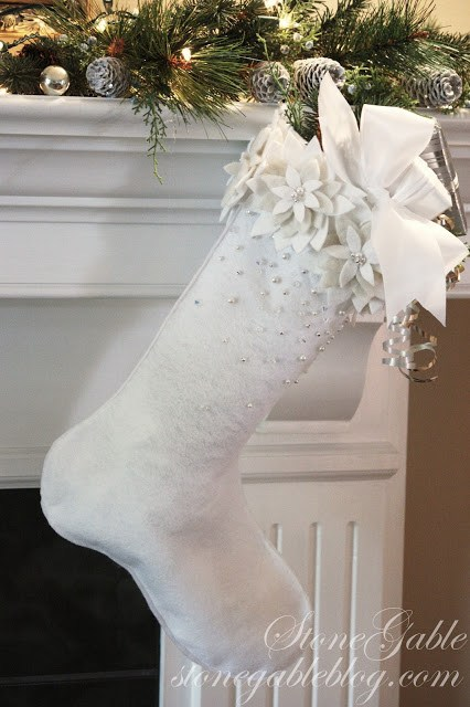 White felt monochromatic poinsettia Christmas stocking tutorial