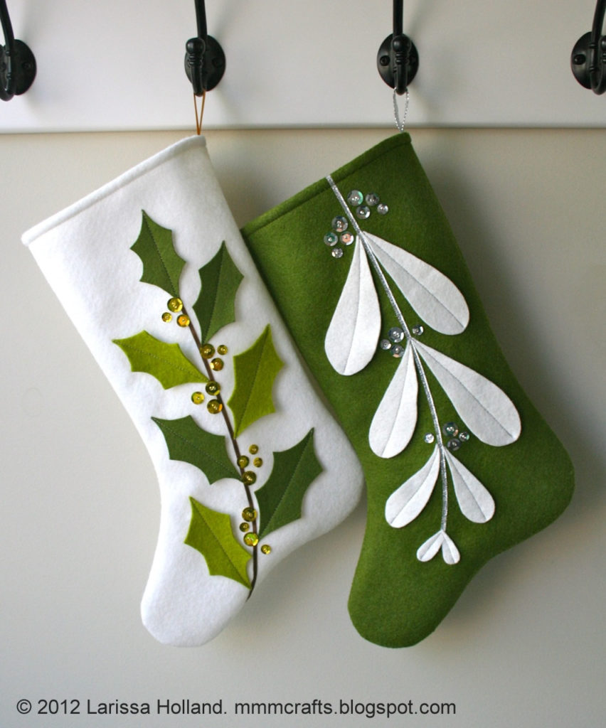 Felt mistletoe and holly Christmas stocking tutorial