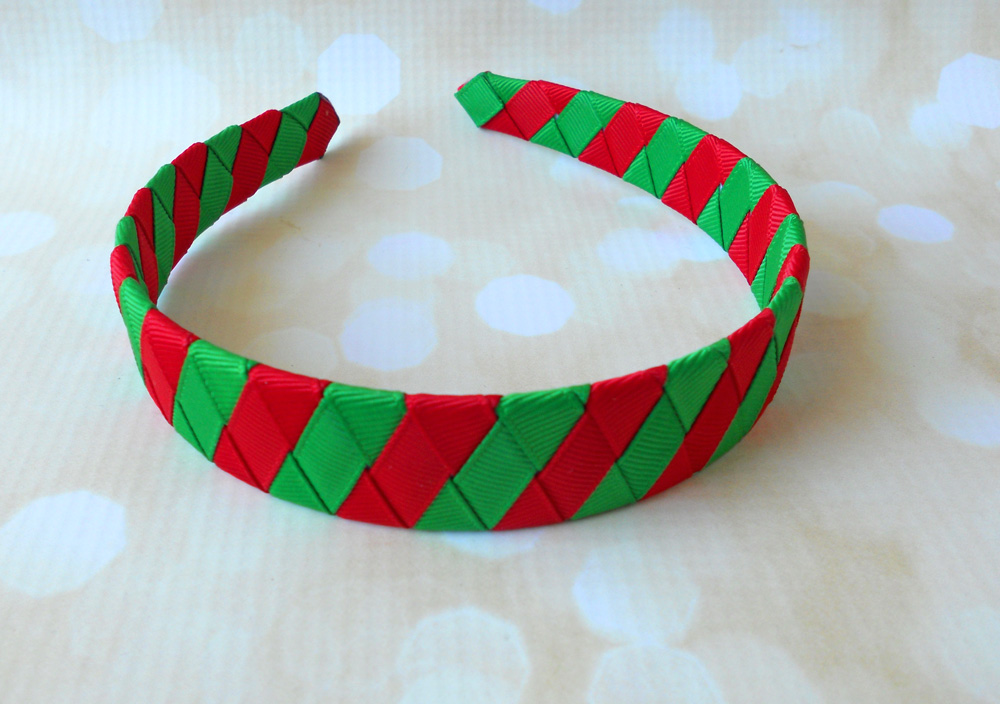 woven ribbon Christmas headband tutorial