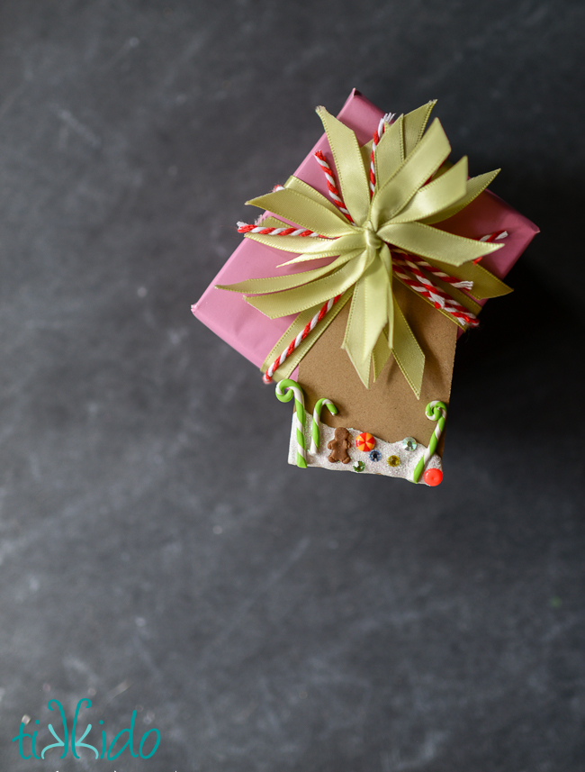 Gingerbread candyland Christmas gift tag tutorial