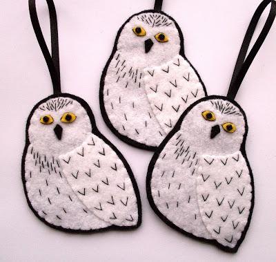 Hedwig snow owl felt Harry Potter Christmas ornament tutorial