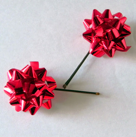Christmas bow hair clips tutorial