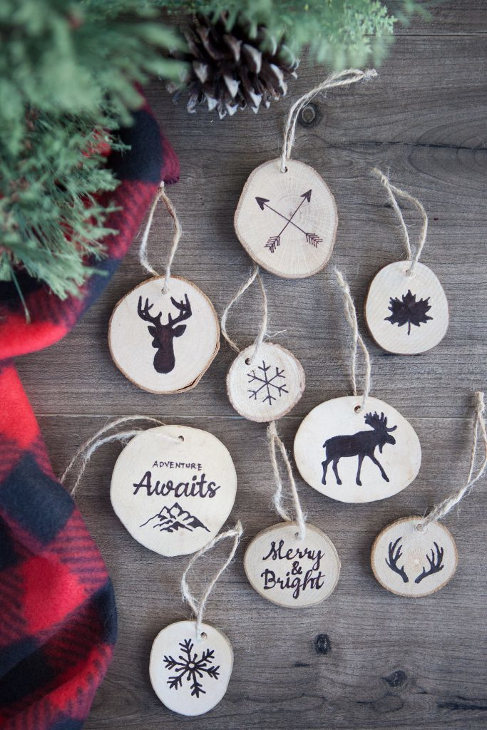 Faux wood burned Christmas ornament tutorial