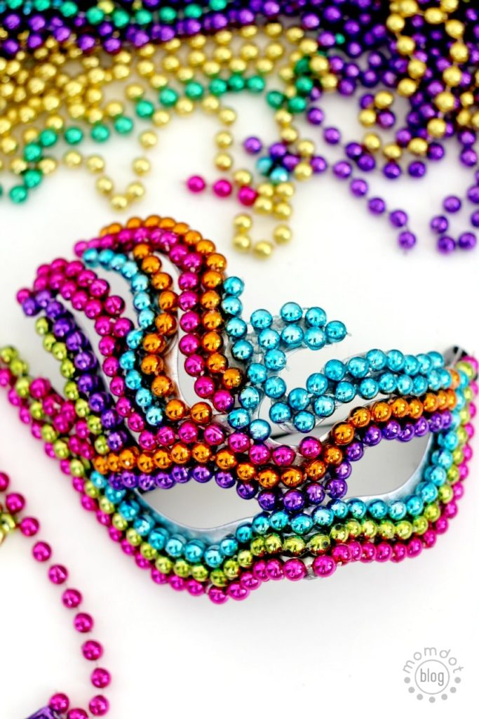 Mardi gras bead mask tutorial