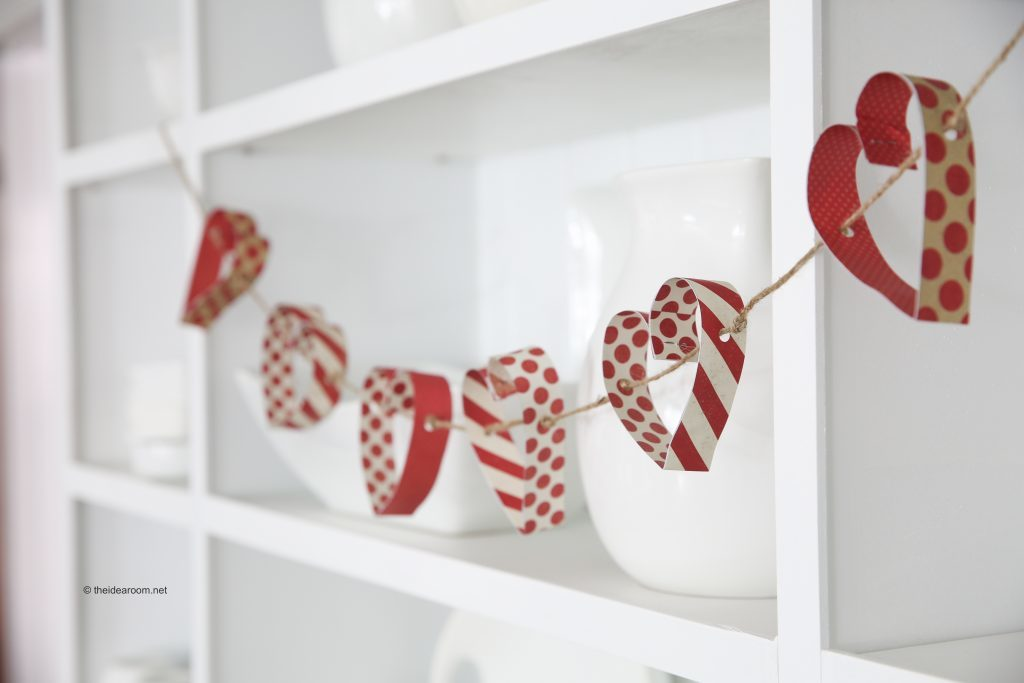 paper heart garland tutorial